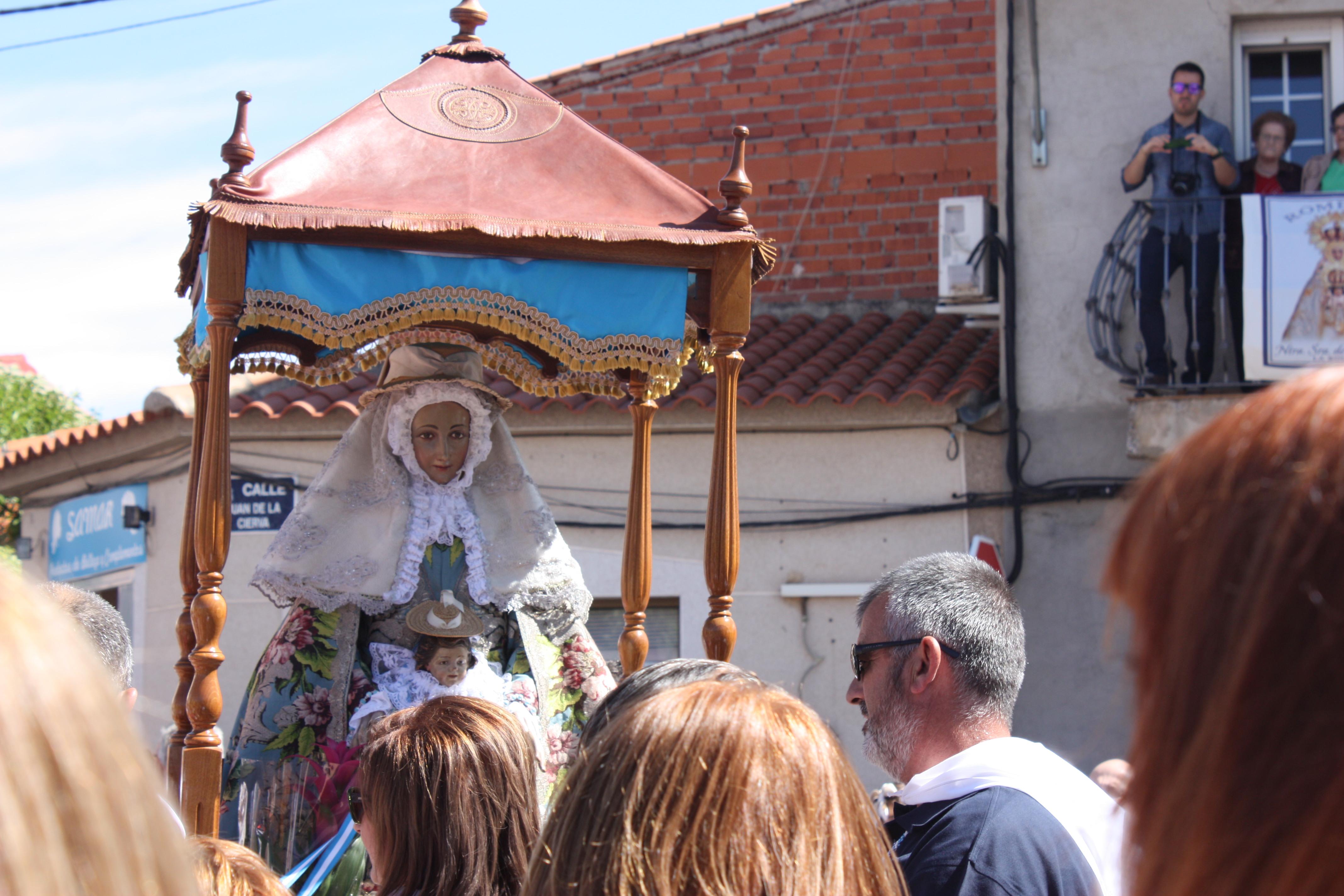 Multitudinario recibimiento a la Virgen de Peñarroya en La Solana