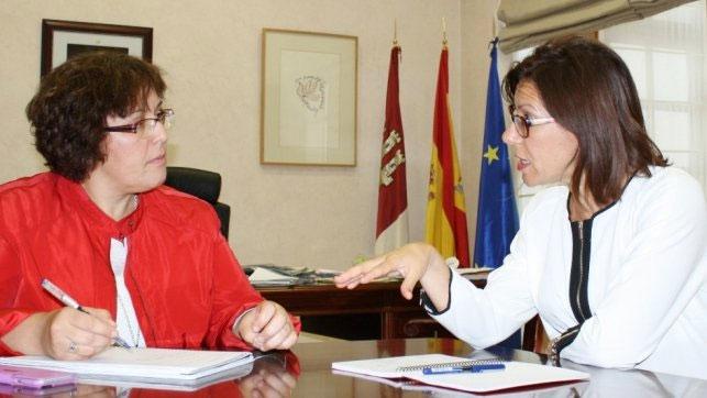 Miguelturra pide a la Junta un nuevo colegio y ayuda para la pasarela peatonal