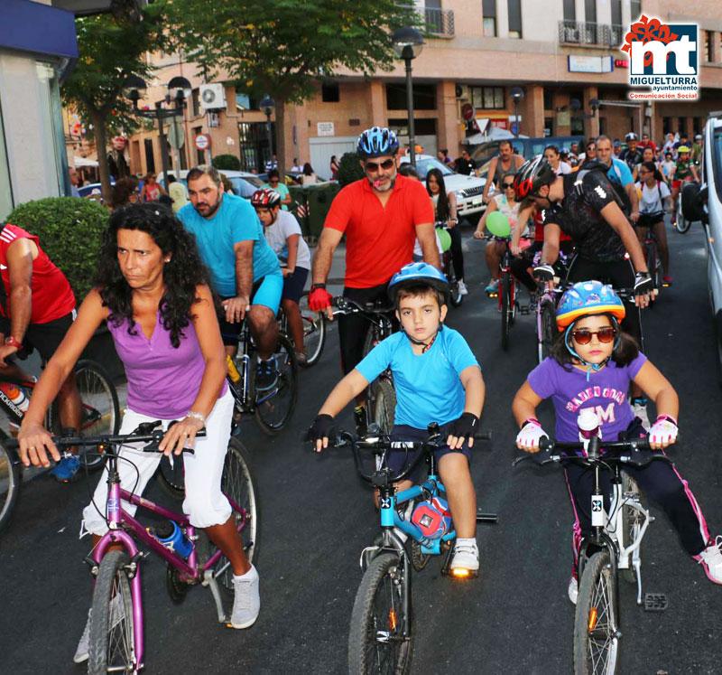 Extraordinaria participación en el Día de la Bicicleta de Miguelturra