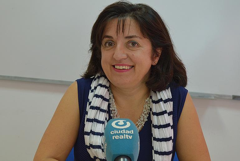 El Ayuntamiento ofrece a las familias 700 becas para el material escolar complementario
