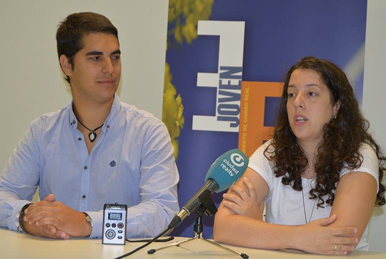 """La Asociación Juvenil """" El Quijote """" despide el verano con una gran fiesta en la Plaza Mayor"""