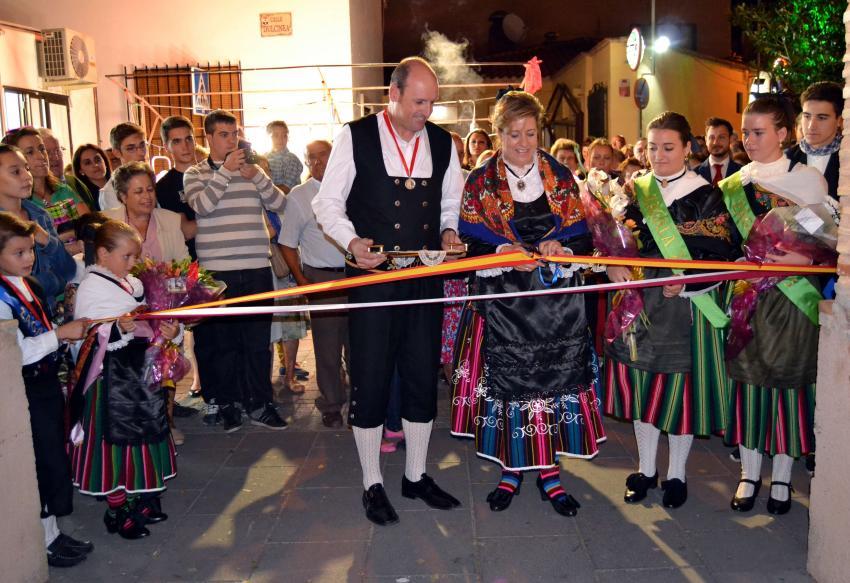 """Dos torralbeñas, pregonera y """"Ciudadana Ejemplar"""", y la proclamación de Zagalas y Zagales protagonizaron la inauguración de las Fiestas Patronales en Torralba de Calatrava"""