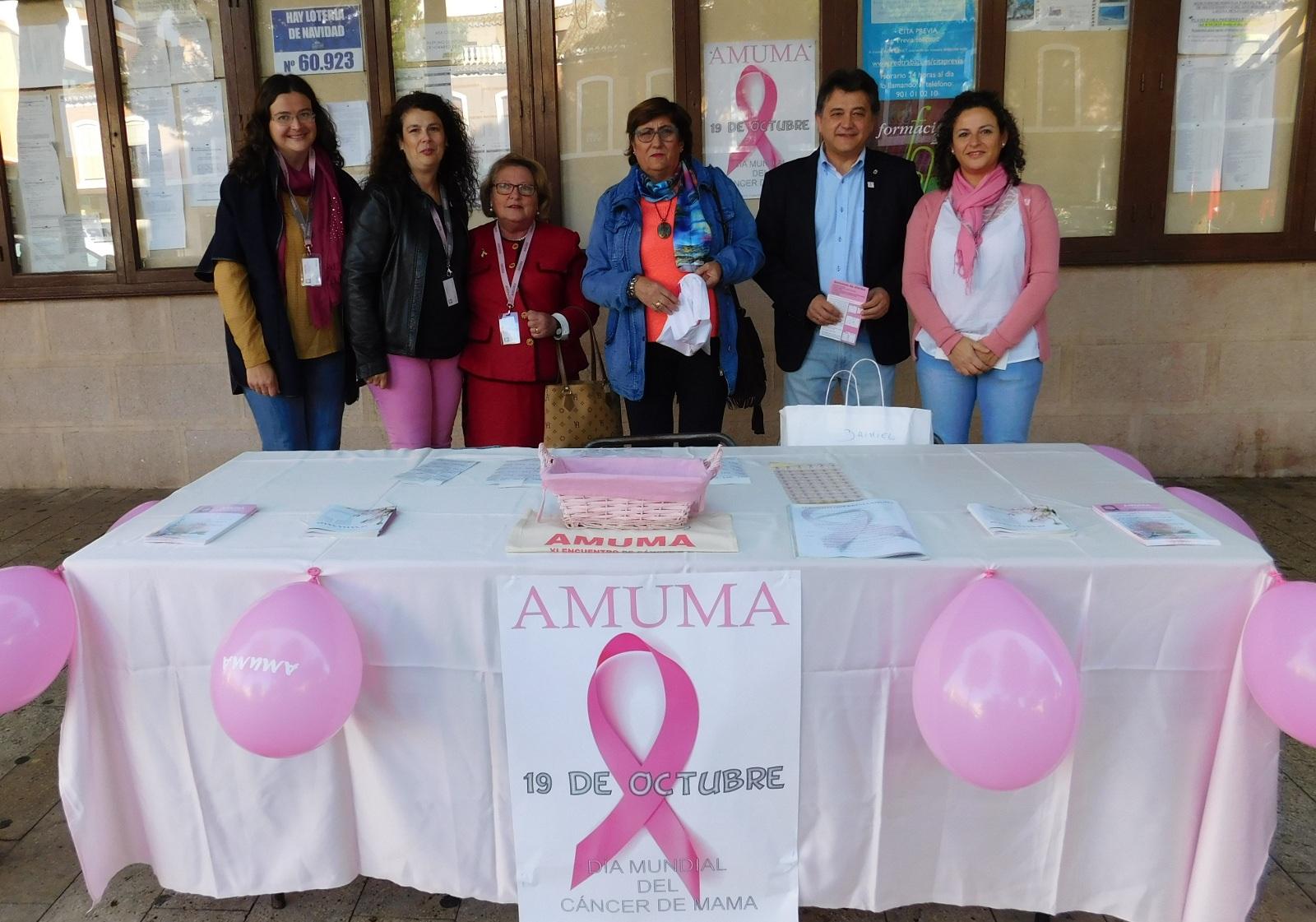 AMUMA sale a la calle para plantarle cara al cáncer de mama