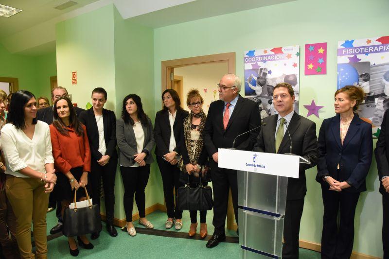 Page inaugura el Centro de Atención Temprana de Manzanares y anuncia la universalización de este servicio
