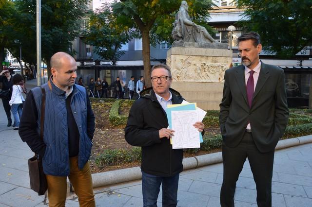 Cámaras subterráneas estudian el estado de las tuberías de la Plaza de Cervantes