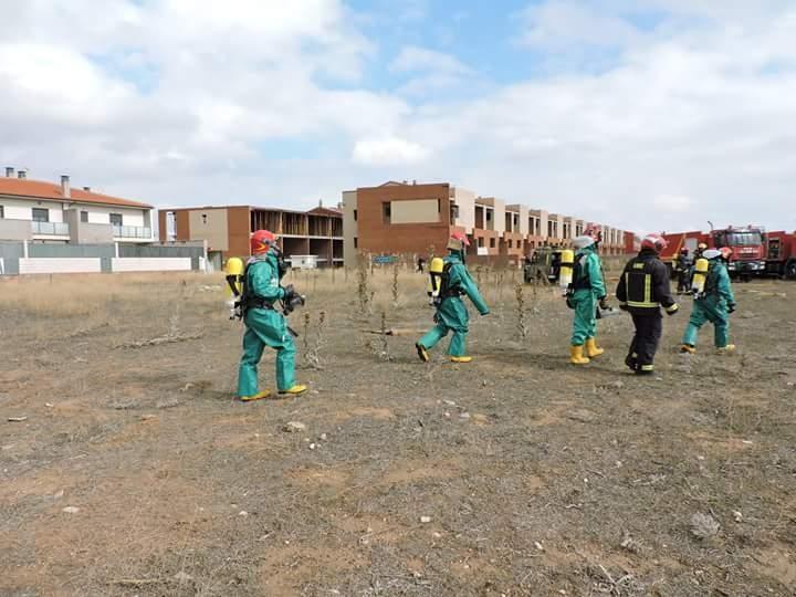 La UME vuelve a hacer un simulacro en Torralba de Calatrava, durante sus ejercicios en la provincia esta semana