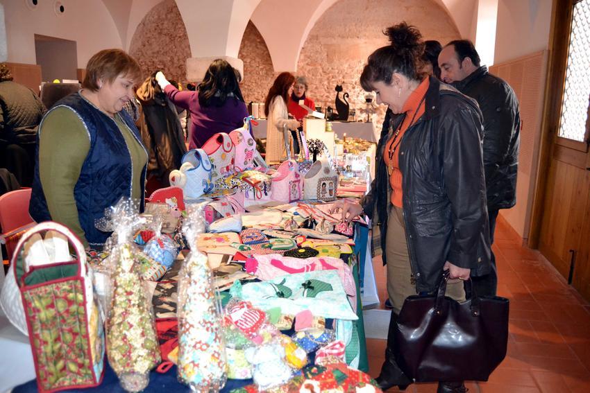 El Patio de Comedias de Torralba se convierte en un gran Mercado Navideño artesano durante estas fiestas
