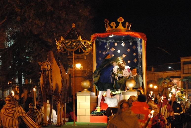 Más de 350 personas desfilarán este martes en la Cabalgata de Reyes de Valdepeñas