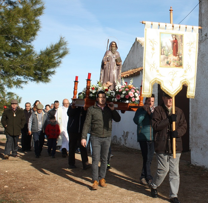 San Antón congregó a más público de lo habitual en su tradicional fiesta