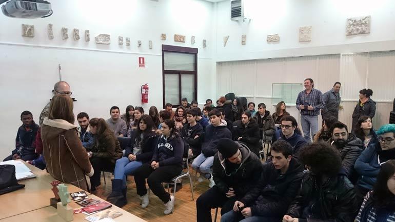 Alumnos de la Escuela de Arte realizarán el cartel del FESTIVAL CORTO Ciudad Real