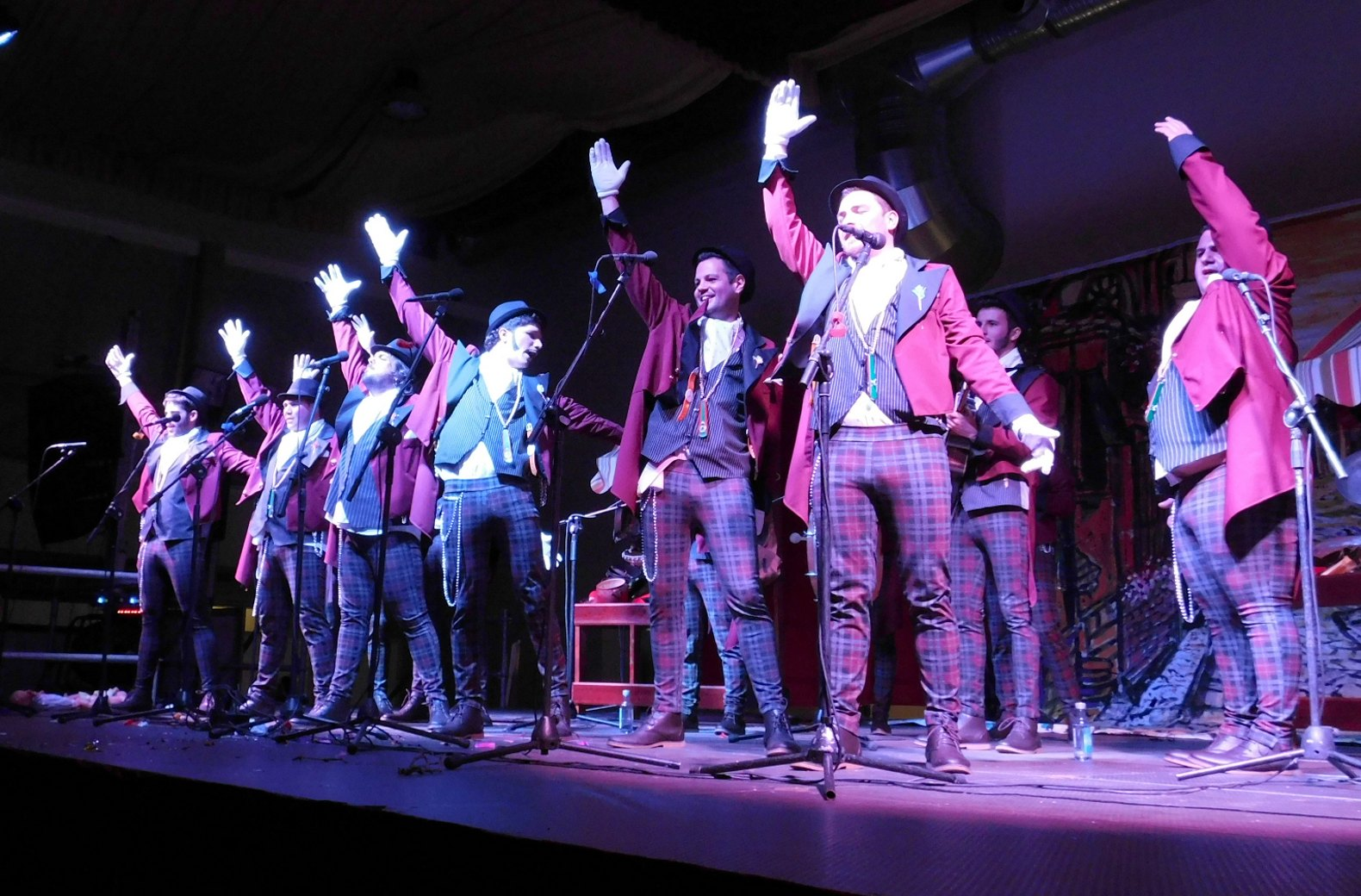 'Los Impostores' se alzan con el triunfo en el II Concurso Nacional de Chirigotas y Comparsas