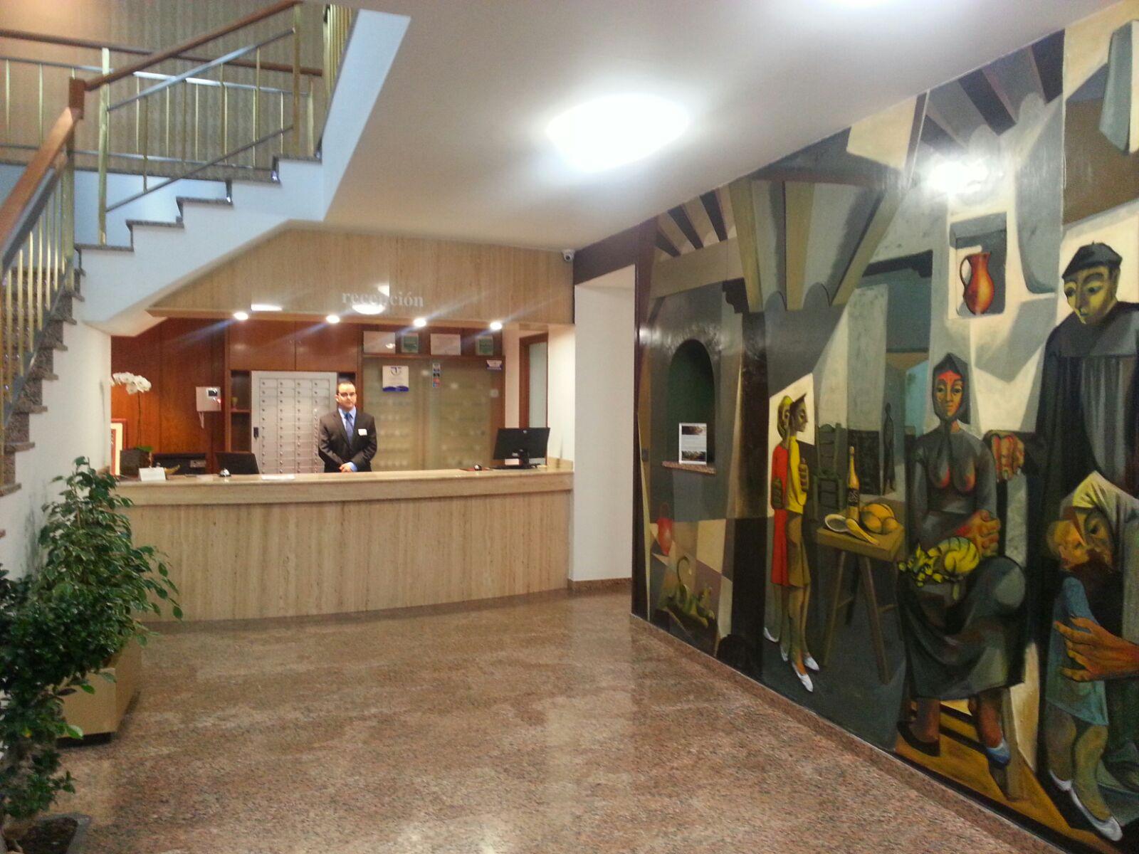 El hotel Ínsula Barataria de Alcázar reabre sus puertas renovado y con toques vanguardistas