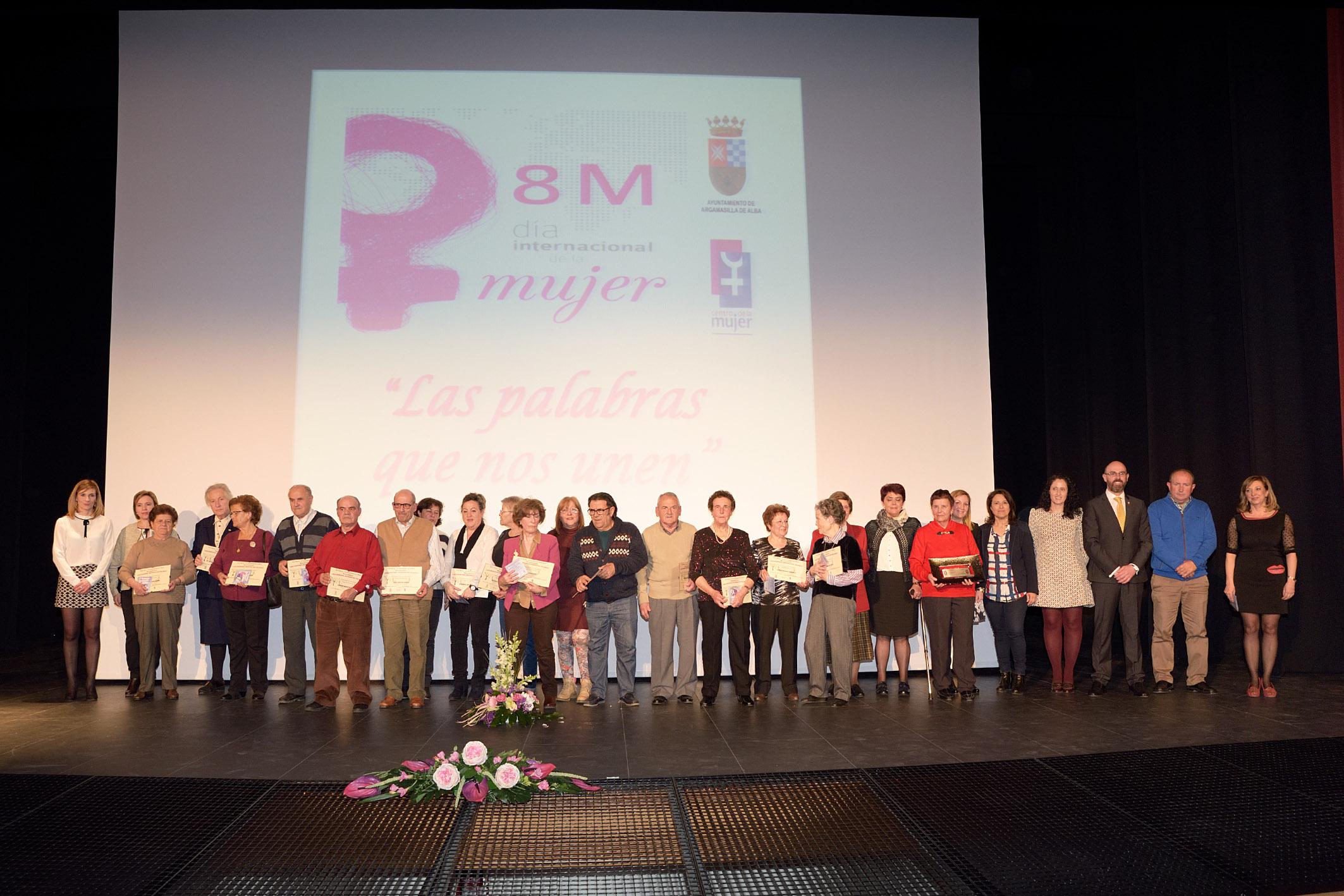 Argamasilla de Alba rinde homenaje a las mujeres y colectivos