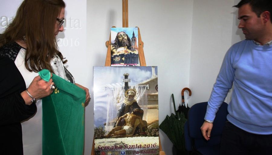 La Semana Santa de La Solana 'arranca' con la presentación del cartel y la revista