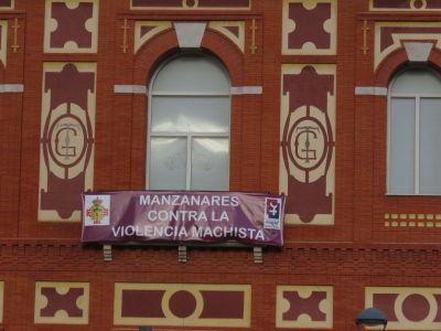 Día Internacional de la Mujer, el ayuntamiento de Manzanares se suma a los diversos actos programados por el Centro de la Mujer de la localidad