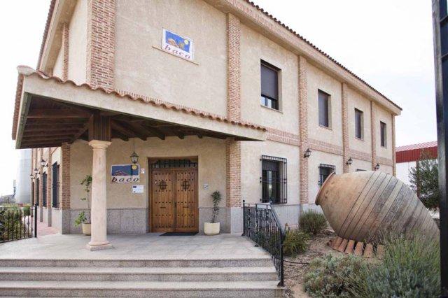 Rosa Melchor condena el ataque al vino por agricultores franceses