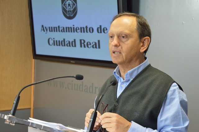 El Ayuntamiento de Ciudad Real abonará el resto de la paga extra de 2012 a los funcionarios en mayo