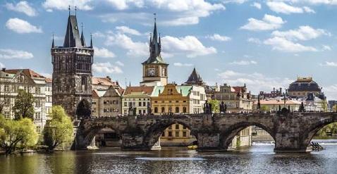 """Praga """"la ciudad dorada"""""""