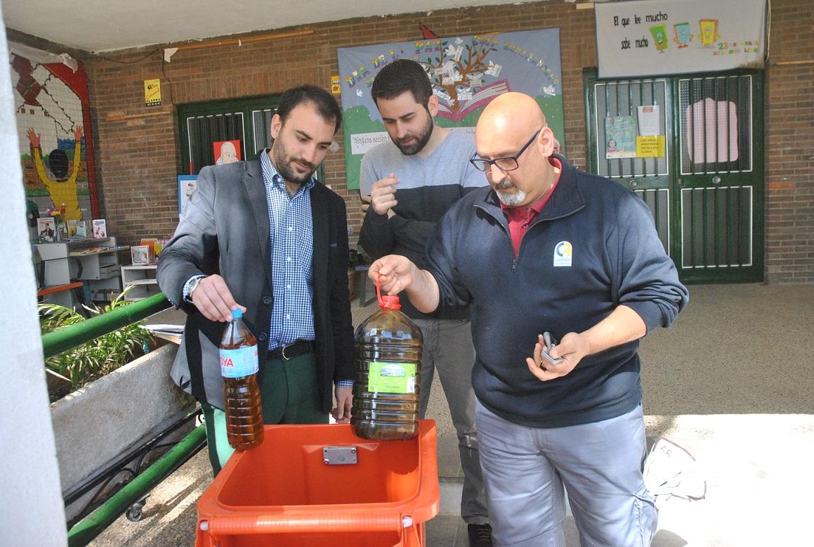 Medio Ambiente pone en marcha un concurso de recogida de aceite usado entre los colegios de Tomelloso