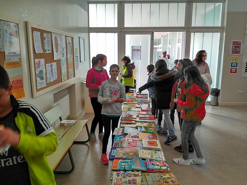 Afanion organiza actividades de fomento del hábito de lectura en diferentes colegios de Alcázar