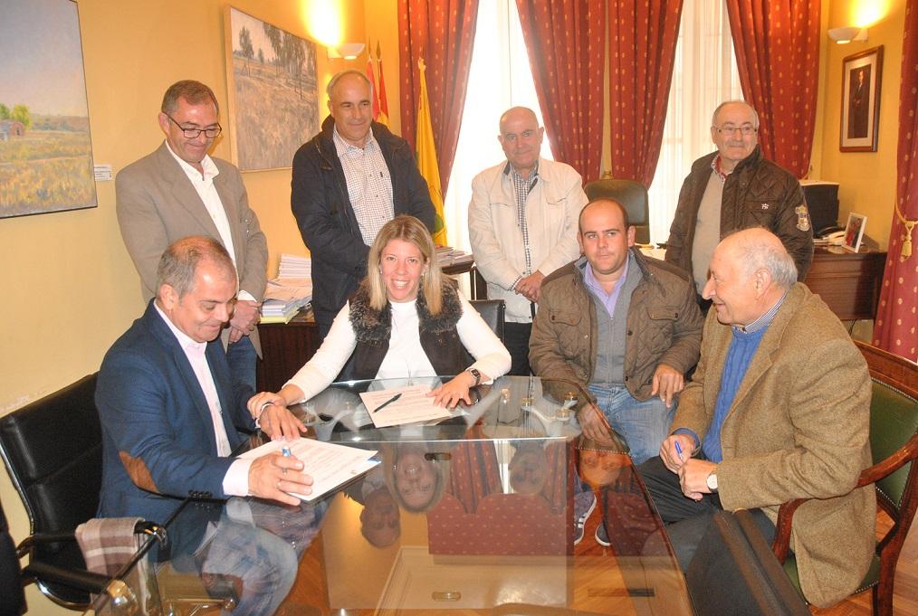 Firmado un convenio de colaboración para la cesión de espacios de la Ermita de San Isidro