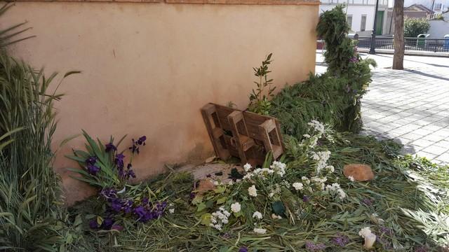 Destrozan la Cruz de Mayo instalada junto a la Iglesia de Las Casas