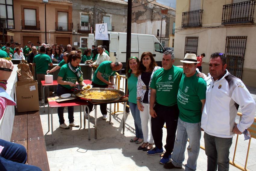 Carrión de Calatrava inicia la fiesta del fútbol con una paella popular en la plaza, con motivo del acenso a Tercera División de la UD Carrión