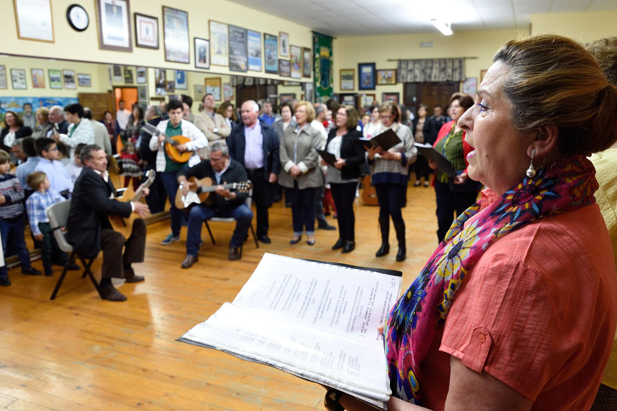 Cruces de Mayo_Antigua Escuela