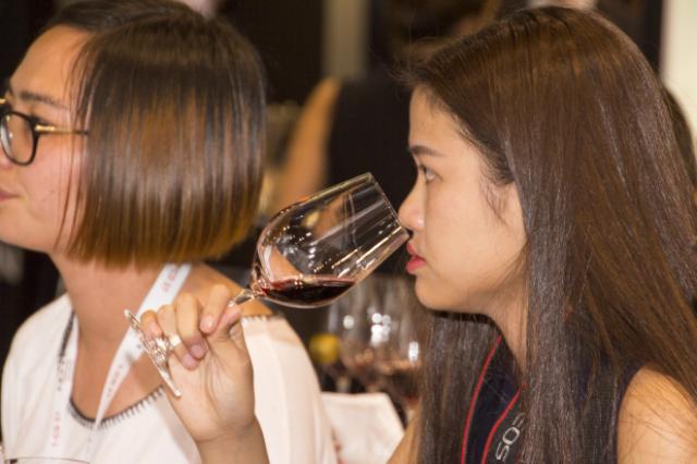 Satisfacción en el Consejo Regulador tras su reciente paso por Vinexpo en Hong Kong