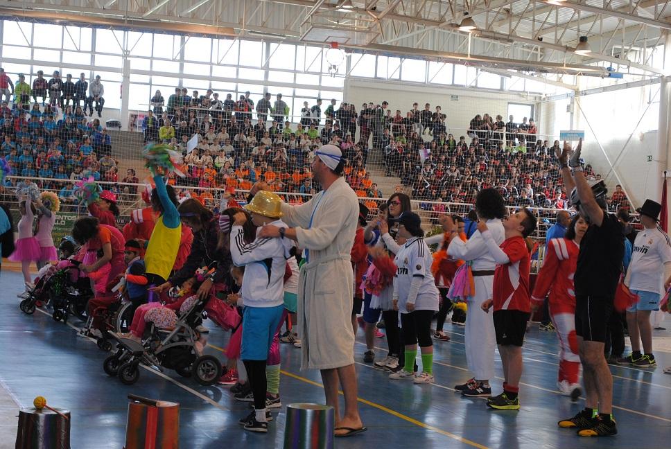 Unos 1.500 alumnos y alumnas participan en la 'Olimpiada Escolar 2016' de Valdepeñas
