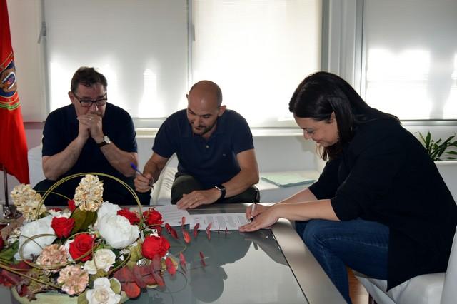 Firmado el contrato para el concierto de ESTOPA el 30 de julio en la plaza de toros de Ciudad Real