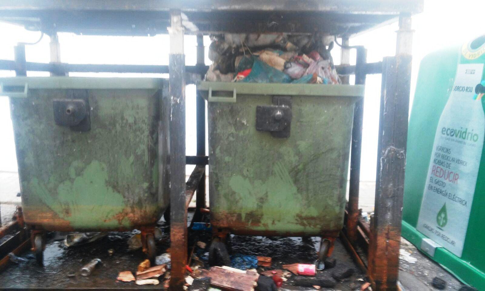 Contenedores Soterrados con basura