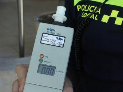 La Dirección General de Tráfico estará realizando más de 25.000 pruebas diarias de alcohol y drogas a conductores y conductoras del 6 al 12 de junio