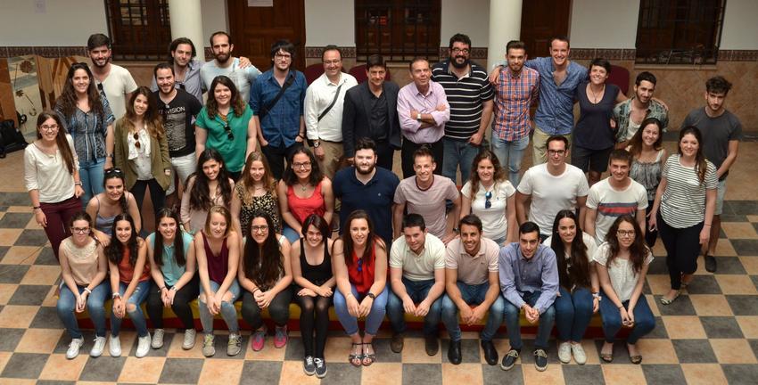 Cinco alumnos de la Escuela Superior de Arquitectura de Toledo ganan el concurso del proyecto del Cerro de San Cristóbal de Almedina