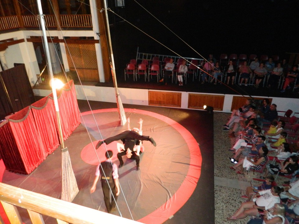 Buena acogida del I Festival de Circo de la Temporada del Patio de Comedias de Torralba de Calatrava