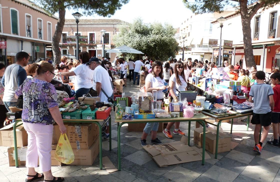 El colegio La Espinosa monta este martes su mercadillo solidario en la Plaza de España de Daimiel