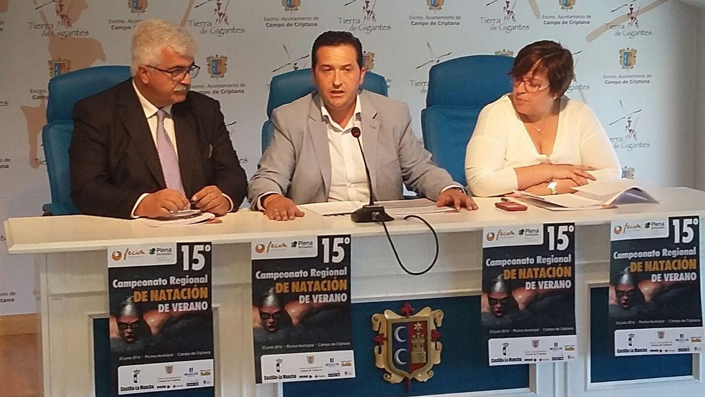Ayuntamiento, Junta y FECAM unidos para organizar el XV Campeonato Regional de Natación de verano