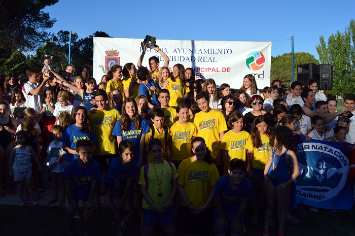 """El Club Natación Alarcos se lleva el XXVII Trofeo """"Virgen del Prado"""""""