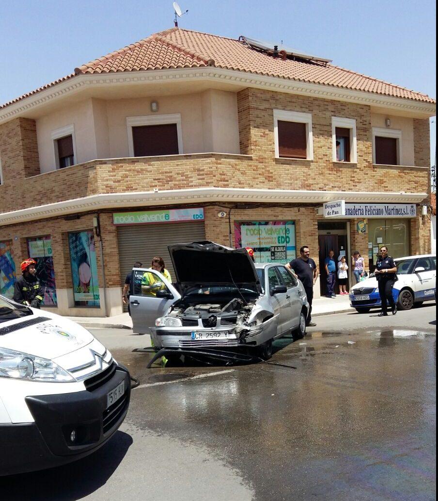 Un choque entre un quad, un coche y una furgoneta deja dos heridos graves y uno leve en Tomelloso