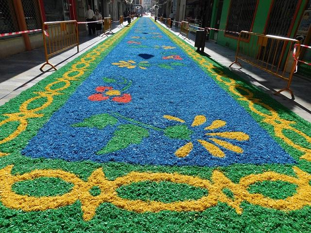 Nace en Daimiel el concurso para la elaboración de la alfombra en honor a la Virgen de las Cruces
