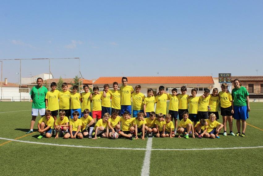 El pasado 1 de julio concluía el V Clínic de Fútbol de verano con la entrega de diplomas en Villanueva de los Infantes