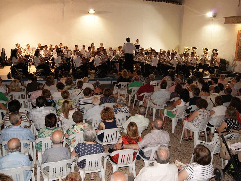 Lleno en el tercer concierto de verano de la Banda Municipal de Daimiel