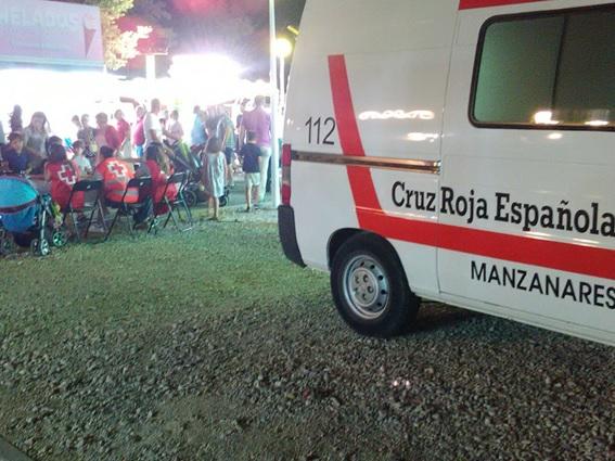 Un total de 5 de voluntarios de Cruz Roja Española de Manzanares participaron en el dispositivo de atención sanitaria de la Feria 2016