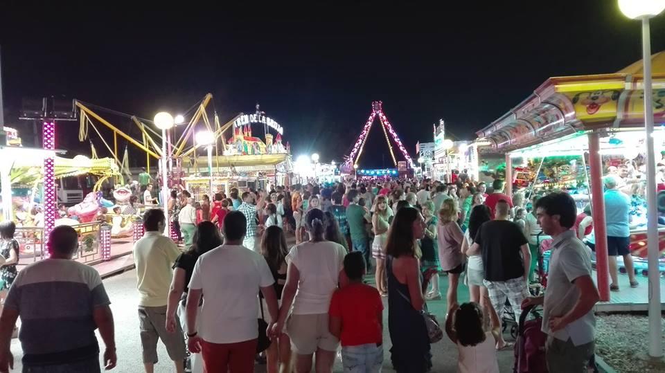 Más de dos mil personas en el espectáculo pirotécnico fin de Feria y Fiestas de Manzanares