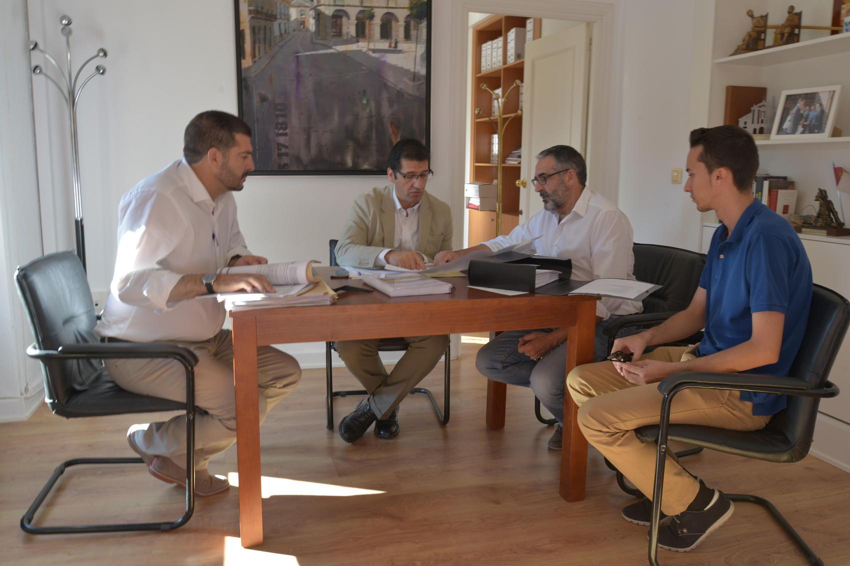 Caballero destaca que en lo que va de año la Diputacion ha invertido en Infantes 350.000 euros