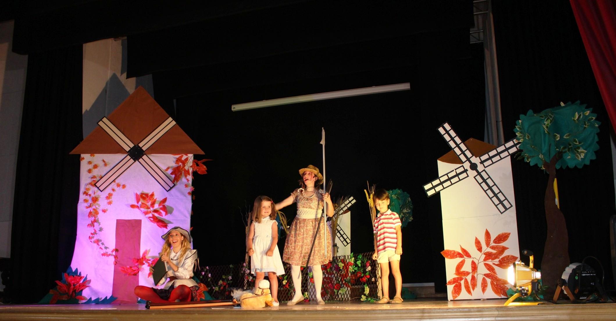 El Auditorio La Encarnación acogió el Musical Quiero ser el Quijote