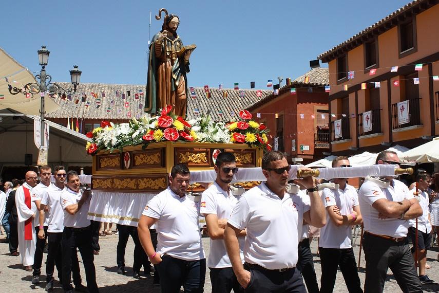 Santiago procesionó un año más por las calles de La Solana con motivo de sus fiestas