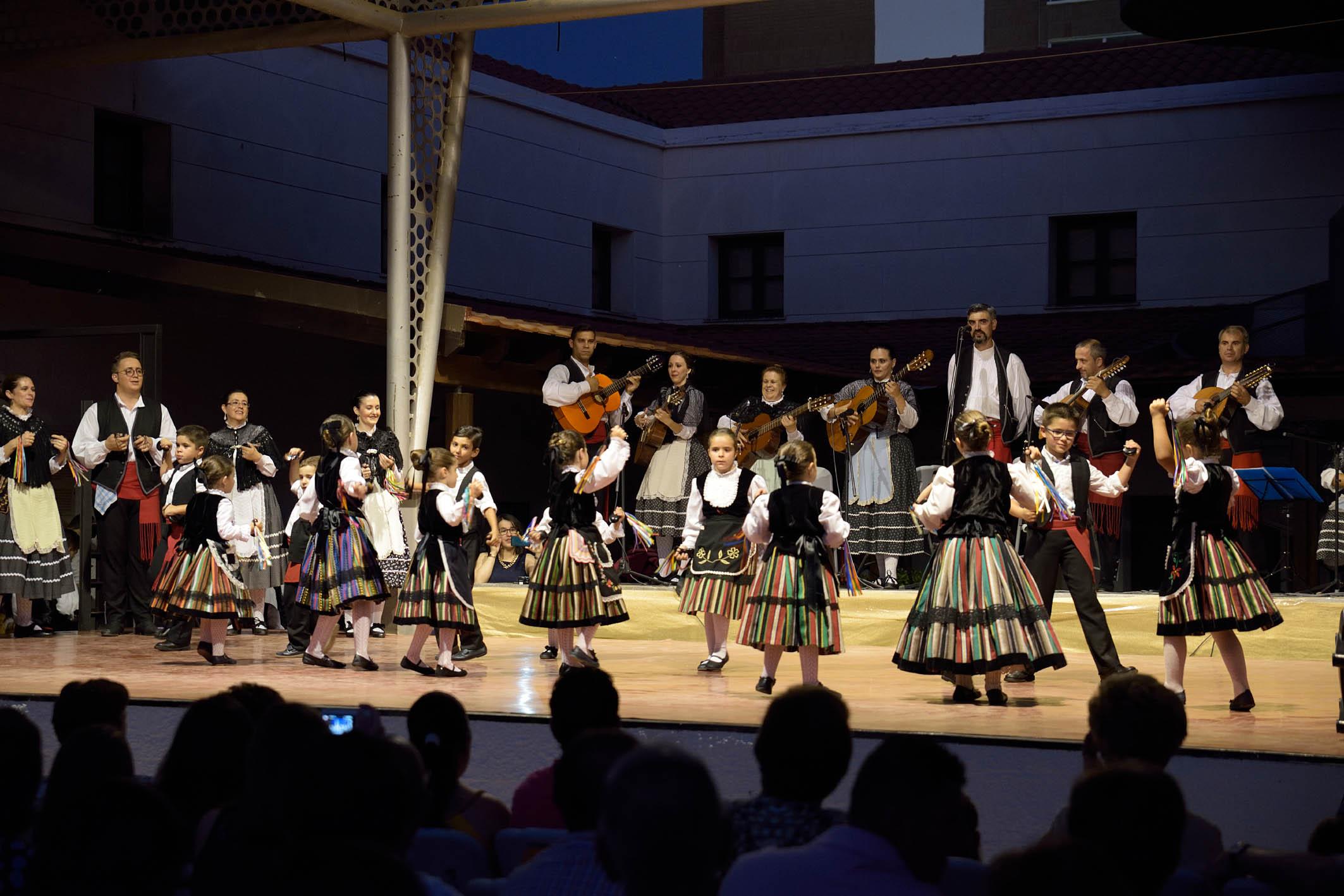 """Bailes lorquinos en el XVII Festival Infantil de Folklore """"Lugar Nuevo"""" de Argamasilla de Alba"""