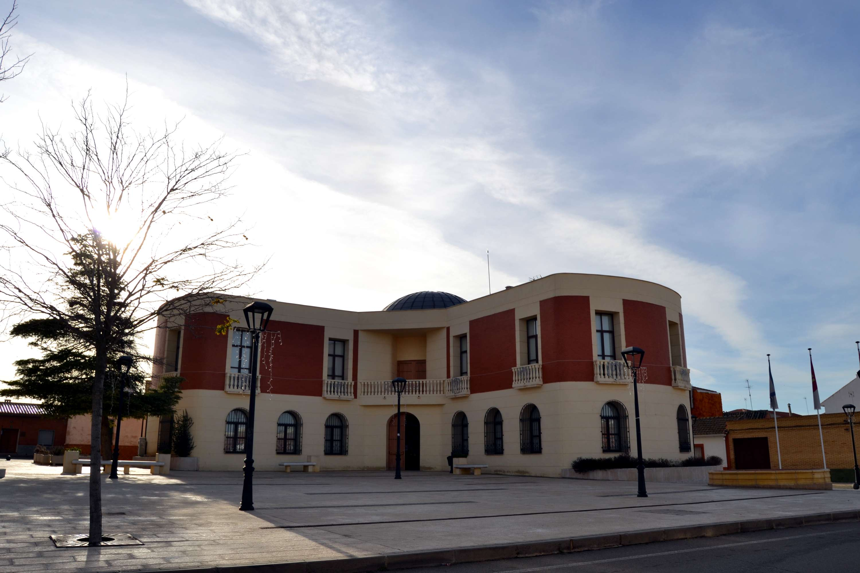 El Ayuntamiento de Poblete ayuda a los universitarios a pagar los gastos de la matrícula del próximo curso