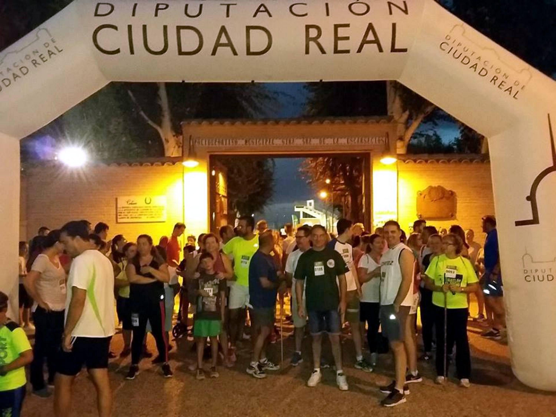 La 4ª Carrera Nocturna por la Igualdad de Carrión bate su récord de convocatoria con más de 200 participantes